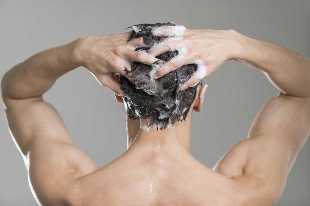 wypadanie wlosow mycie
