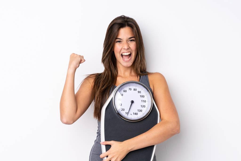 jedz błonnik aby kontrolować utratę wagi