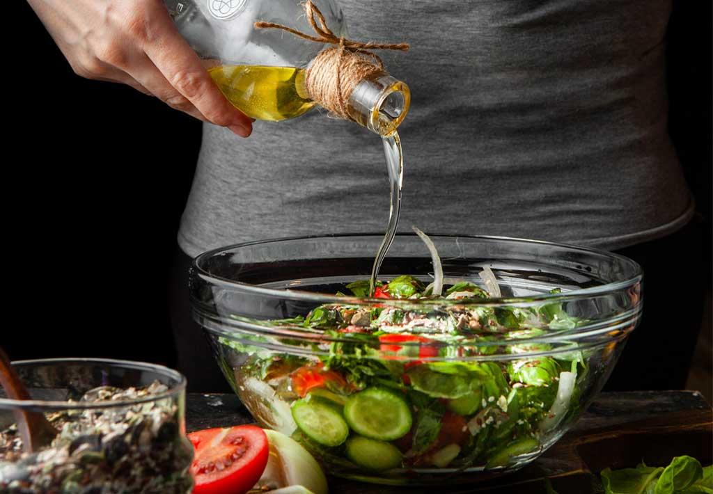 jak zwiększyć wartość odżywczą warzyw - dodać nieco tłuszczu